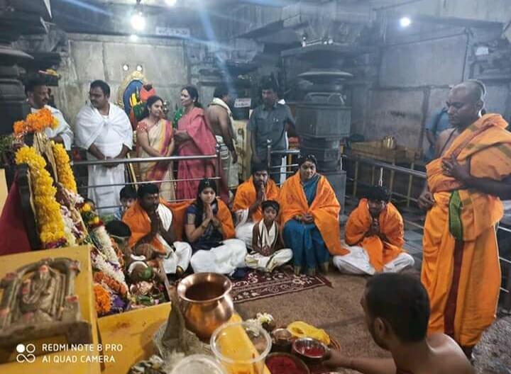 Achampet mla in umamaheswara temple