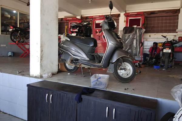 Honda-showroom-service-center-achampet