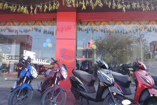 Ragavendra-Honda-showroom-sales-and-service-center-achampet