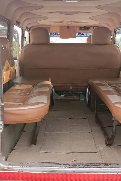 Sri Kanaka durga Travels toofan taxi achampet